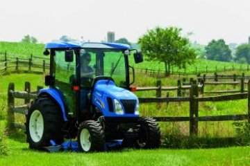NOVÉ KOMPAKTNÍ TRAKTORY NEW HOLLAND